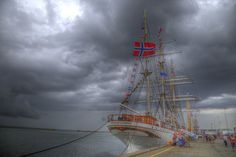 Beautiful Stern (Explore) by Christian, Flickr