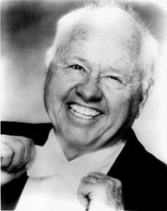 Google Image Result for http://www.nndb.com/people/861/000022795/mickey-rooney-sized.jpg