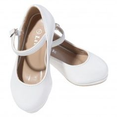 A cute pair of white dress shoes for your little girl 9a97bc662b6d