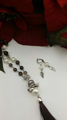 ***Rosario com anjo e pedras naturais. Feito por Missangas&Co***