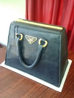 Prada PURSES on Pinterest   Prada, Michael Kors Purses and Mk Bags ...