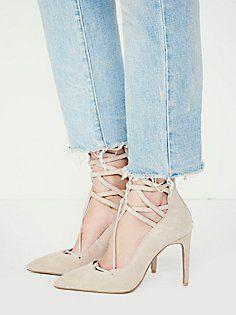 9616bd2b1c5c 2272 Gambar Shoes For Women terbaik di 2019