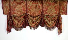 Ensemble de tissus anciens, de bouts de… - 25375463-182 | Interencheres.com French Antiques, Curtains, Accessories, Women, Fashion, Moda, Blinds, Women's, Fashion Styles