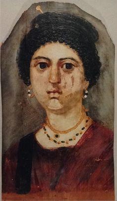 """En visitant la salle """"Roman Britain"""" du British Museum à LONDRES, j'ai pu voir ce portrait d'une femme de l'Égypte romaine, et photographier divers accessoires de toilette féminine. Ce qui m'amène ..."""