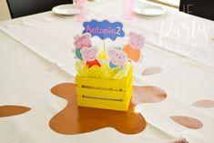 Daii C's Birthday / Peppa Pig - Photo Gallery at Catch My Party Fiestas Peppa Pig, Cumple Peppa Pig, Peppa Pig Pinata, Pig Party, Baby Party, Third Birthday, 3rd Birthday Parties, Peppa Pig Birthday Decorations, Peppa E George