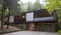 On the market: Thomas H. Fleming-designed midcentury modern property in Weston, Connecticut, USA Thomas H. Fleming-designed midcentury modern property in Weston, Connecticut, USA Residential Architecture, Interior Architecture, Modern Properties, Cabana, Weston Connecticut, Connecticut Usa, Modern Exterior, Mid Century House, Mid Century Modern Design