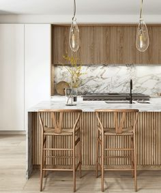 Modern Kitchen Cabinets, Wooden Kitchen, Modern Kitchen Design, Interior Design Kitchen, Marble Kitchen Ideas, Kitchen Island, In China, Wood Slats, Minimalist Kitchen