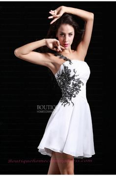 #A-line #Strapless #Applique #Chiffon #white #short #cocktail Homecoming Dress