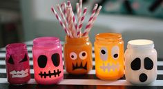 De här fina lyktorna kan du göra hur enkelt som he Haloween Party, Fröhliches Halloween, Halloween Party Snacks, Halloween Decorations For Kids, Halloween Activities For Kids, Diy Upcycling, Diy And Crafts, Scouting, Preschool