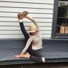 @heatherly.anne makes the stretch to the #threedayweekend for #memorialday in her #bearpaw #layla #sandals.  #regram  #bearpawstyle #yay #winning #bearpaweurope #bearpawlatam #bearpawmongolia #bearpaw_kr