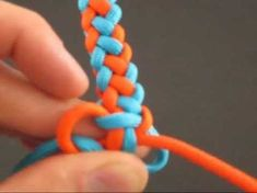 How to Make the Coyote Trail Paracord Bracelet by TIAT. #ParacordBraceletHQ