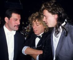 """"""" Freddie Mercury, Russell Mulcahy and John Taylor (Duran Duran) """" Greatest Rock Bands, We Will Rock You, John Taylor, Queen Freddie Mercury, Music Online, Lucci, Great Bands, Rock Music, Old Hollywood"""