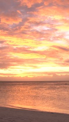 There's nothing quite like watching the vibrant colors of the sunset over the ocean. Feel like you're actually there with this video. We're a collective of tropical experts, providing the best value-driven travel content on tropical destinations. Pretty Sky, Beautiful Sunset, Most Beautiful Beaches, Sunset Pictures, Beach Photos, Sunset Beach, Sunset Gif, Beach Sunsets, Summer Sunset