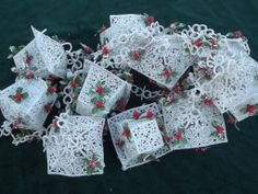 Christmas painted Holly swag | ... garland for christmas almost 3 yards end to end to hang in swags