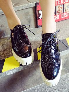 Black Contrast Blind Eyeletst PU Lace Up Platform Shoes Polyurethane