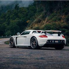 Porsche Carrera GT, the car that intimidates me