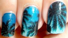Night Scene on the Beach | Cool and Easy Nail Art and Designs by Makeup Tutorials at http://makeuptutorials.com/easy-nail-art-designs-ideas/