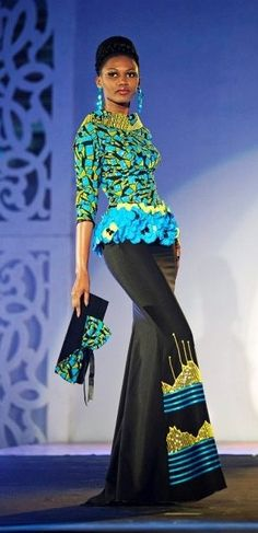 African inspired fashion outfit and accessories African Inspired Fashion, African Print Fashion, Africa Fashion, Ethnic Fashion, Fashion Prints, Fashion Design, African Attire, African Wear, African Women