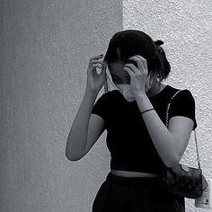 Aesthetic People, Classy Aesthetic, Korean Aesthetic, Bad Girl Aesthetic, Skinny Girl Body, Skinny Girls, Selfies, Pink Wallpaper Backgrounds, Girl Hiding Face