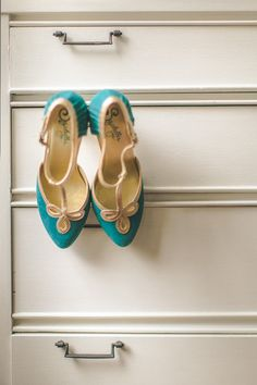 teal Seychelles wedding shoes // photo by Geoff Duncan