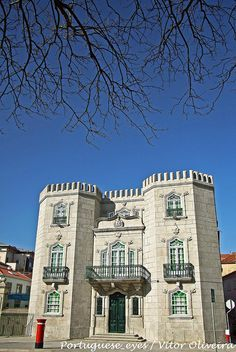 Mansão dos Oliveira Maia - Porto - Portugal by Portuguese_eyes, via Flickr