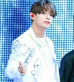 Is Kim Taehyung even real anymore