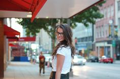serioulsy love this look -- white tee, leather skirt