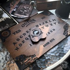 Table Ouija, Sala Geek, Witchcraft, Wiccan, Witch Board, Witch Shop, Dark Witch, White Witch, Paranormal