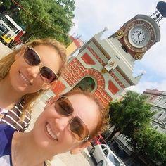 """52 curtidas, 4 comentários - Marilice Gadelha🌹 (@marilicegadelha) no Instagram: """"Passeio de sábado eu e ela 👭 #minhairmãpreferida #eueela #irmãsamigas #minhairmã #manateamo…"""""""