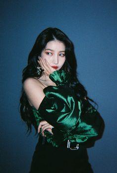 South Korean Girls, Korean Girl Groups, Gfriend Profile, Fantasy Female Warrior, Gfriend Sowon, Boys Over Flowers, G Friend, Beautiful Songs, Extended Play