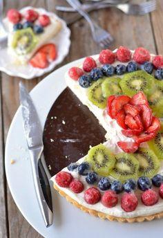 Fresh Fruit Tart with Creme Fraiche Whipped Cream | mountainmamacooks.com