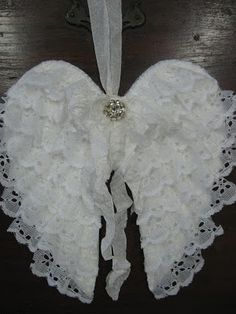 lace angel wings.  tutorial at The Feathered Nest