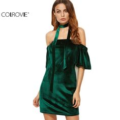 Absolutely stunning emerald velvet cocktail dress. Available in small and medium | Shop this product here: http://spreesy.com/hollymollys/50 | Shop all of our products at http://spreesy.com/hollymollys    | Pinterest selling powered by Spreesy.com