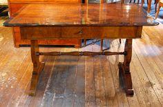 Schreibtisch, Nussbaum, ca. 1830 Showroom, Timber Wood