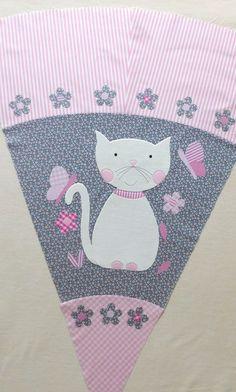 Schultüten - Schultüte Stoff Katze Schmetterlinge Blumen - ein Designerstück von buntgemacht bei DaWanda