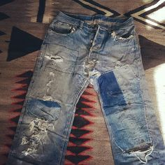 Really phenomenal ranch repairs on these #bige. #xxlevis. #vintagedenimrepairs.
