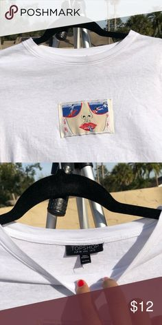 ae76d415c4151 CUSTOM VINTAGE PATCH WHITE TSHIRT CROPPED I sewed this patch on the shirt!  Good condition