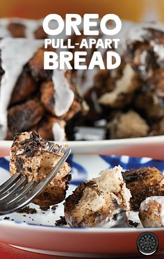 OREO pull-apart bread is the perfect coming home for the holidays dessert!