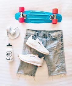 Reebok Classic (@reebokclassics) • Zdjęcia i filmy na Instagramie Reebok, Outfit Grid, Classic Leather, Skinny Jeans, Instagram Posts, Summer, Fashion, Moda, Summer Time
