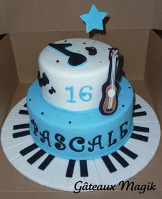 piano cake www.facebook.com/gateauxmagik
