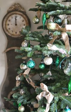 Loving the all green ornaments.
