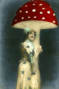 Tinted French Postcard, c1900