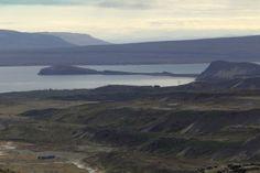 https://footprintsaroundtheworld.be/short-break-ijsland/  #ijsland #Iceland #reykjavik #minkewhale #walvis #geyser #geysir #strokkur #mudpots #landschap