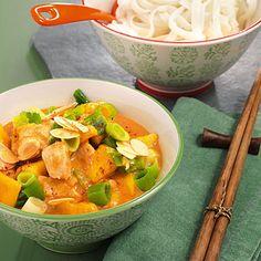Hähnchencurry mit Mango http://www.kuechengoetter.de/rezepte/verschiedenes/Baerlauchspinat-597.html (Low Carb Chicken Meals)