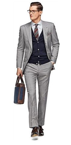 Love a well-dressed man!