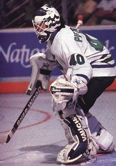 d48a62bbf Frank Piertangelo of Hartford Whalers