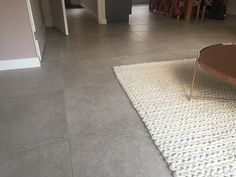 Afbeeldingsresultaat voor grijze vloertegel 60x60