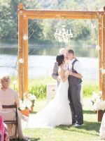 10 Beautiful, Alternative Wedding Backdrops  #refinery29