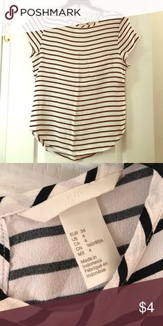 H&M striped top size 4 Striped top with pocket. Slight markup mark near the neck. Only worn a couple times. H&M Tops Blouses