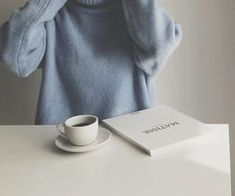 blue aesthetic jumper coffee milk tea book pastel light korean soft minimalistic kawaii cute g e o r g i a n a : a e s t h e t i c s Light Blue Aesthetic, Blue Aesthetic Pastel, Aesthetic Colors, Aesthetic Photo, Aesthetic Pictures, Beige Aesthetic, Aesthetic Vintage, The Blue Boy, Blue And White